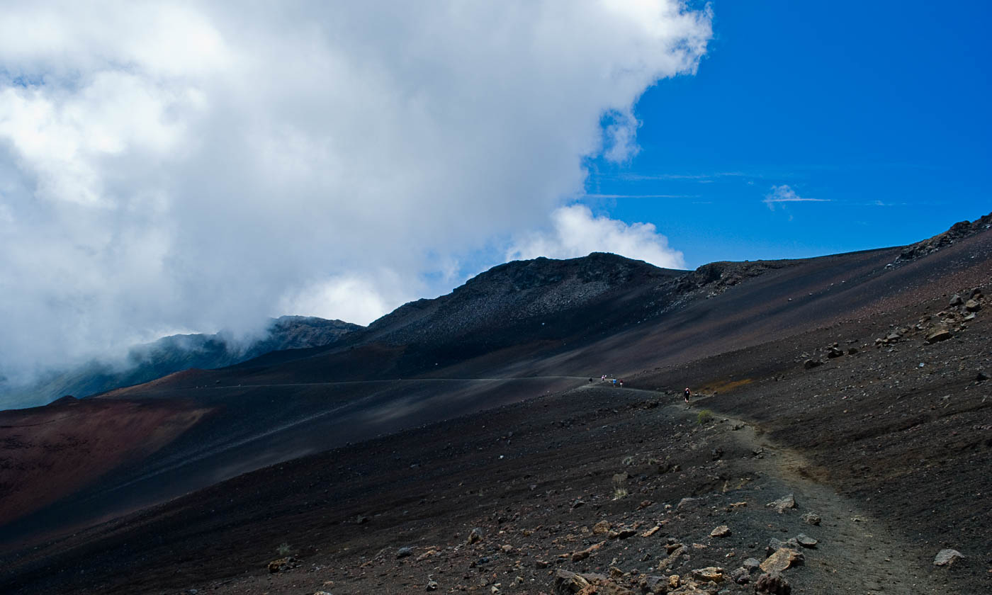 Hiking Sliding Sands, Haleakala Crater, Maui | Pono Images