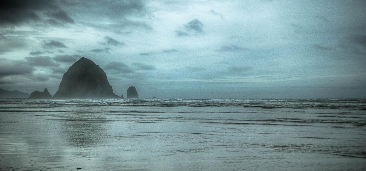 Haystack Rock, Cannon Beach, Oregon | Pono Images
