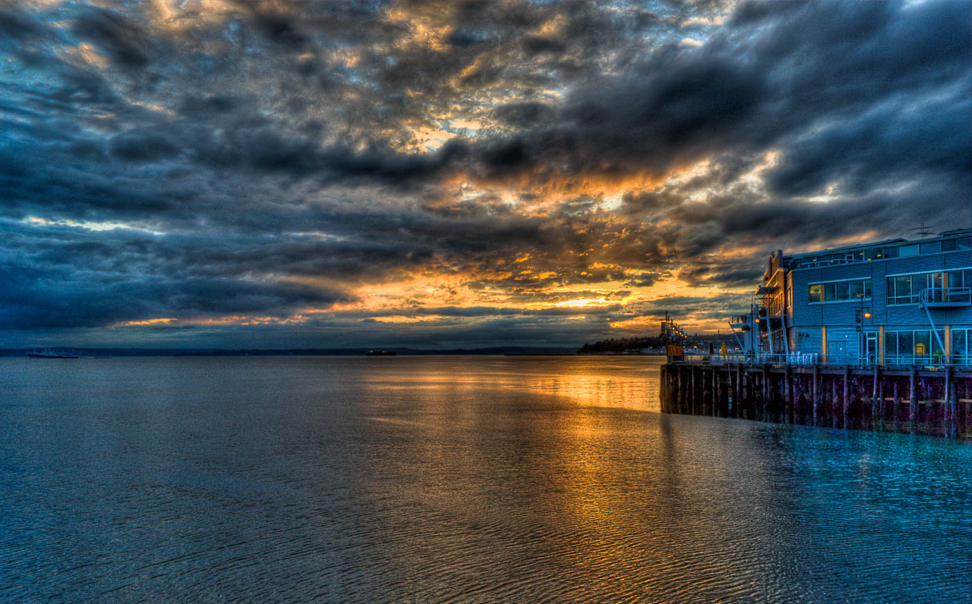 Sunset clouds at the Port of Seattle, Puget Sound, Seattle. Cop