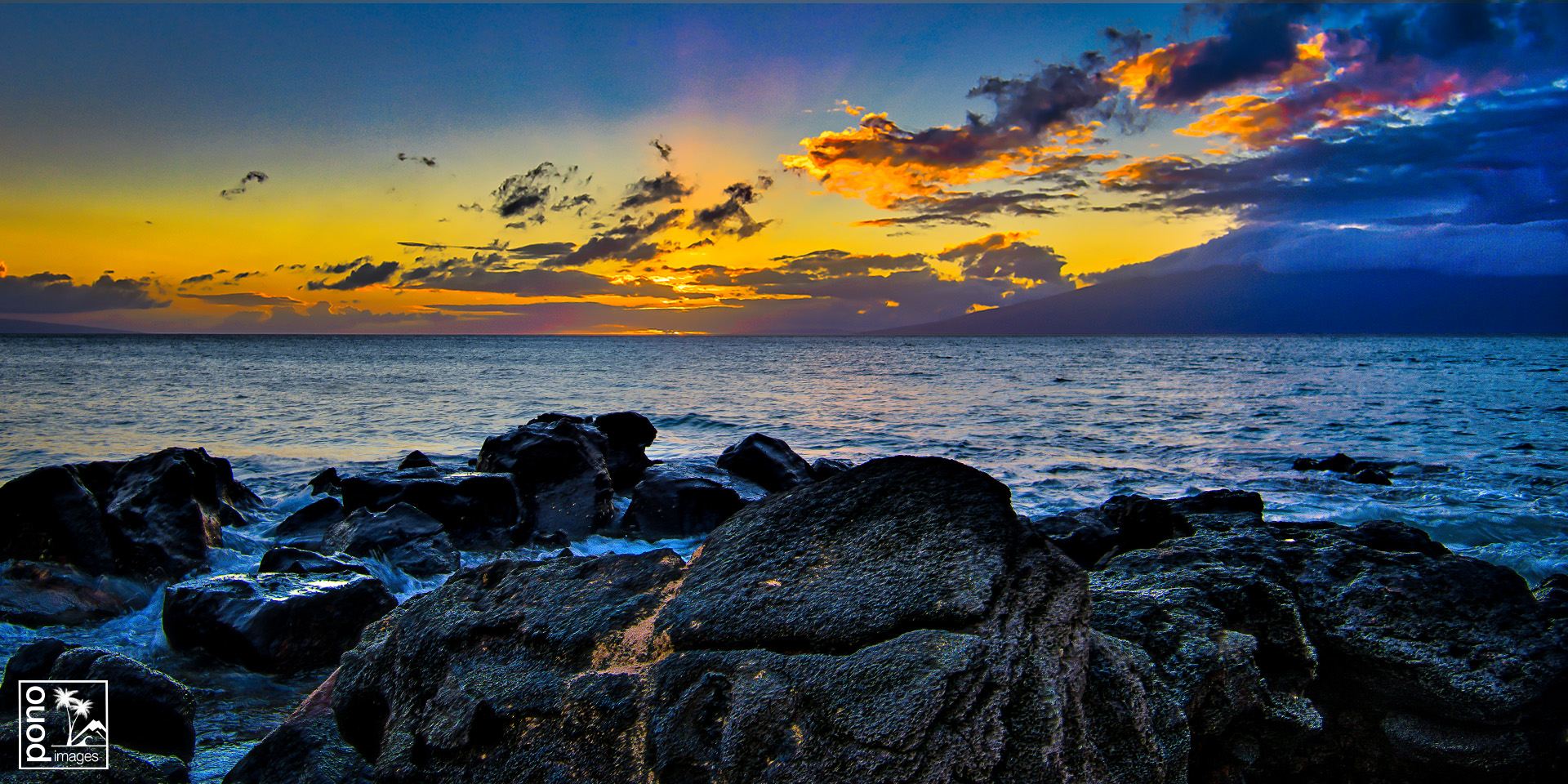 Maui Sunset Glow by Pono Images